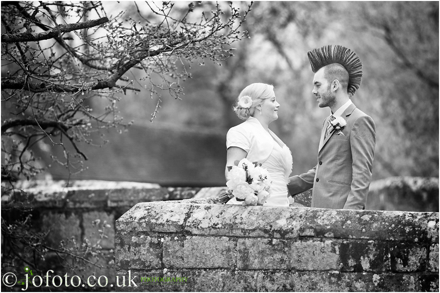 Wedding Photographer Sussex Fitzleroi Barn